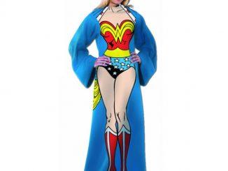 Wonder Woman snuggie