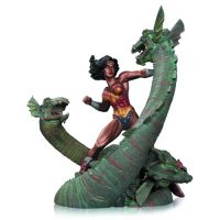 Wonder Woman vs Hydra Mini Patina Statue