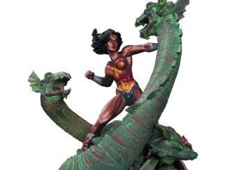 Wonder Woman vs Hydra Mini Patina Statue