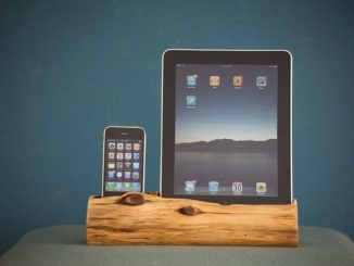 Wooden iPhone and iPad Docking Station