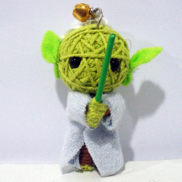 Yoda-Voodoo-String-Doll-Keychain