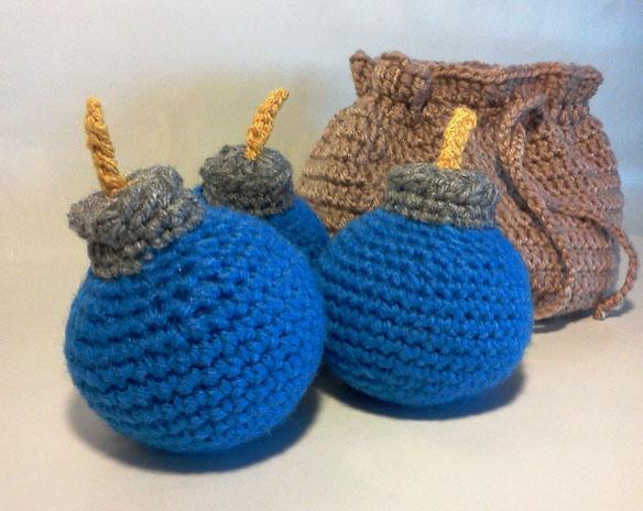 Zelda Bomb Bag with 3 Blue Bombs