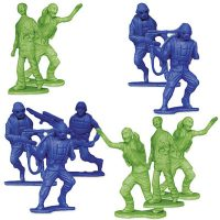 Zombies vs Zombie Hunters Army Men
