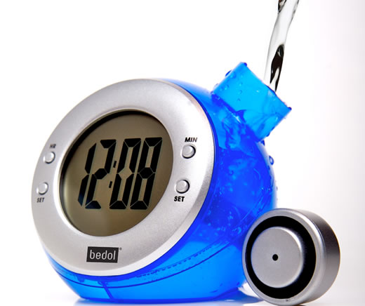 Bedol: Eco-Friendly Water-Powered Clock