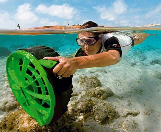Bladefish Underwater Scooter