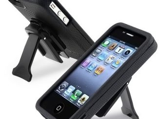 Body Glove iPhone 4 Case with Kickstand