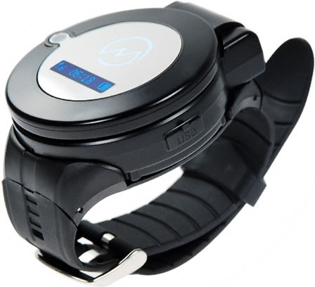 1GB Clamshell Cell Phone Watch with Bluetooth