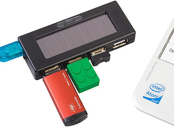 Solar Charging USB Hub with Flashlight
