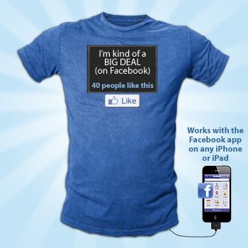 Facebook Status Display T-Shirt