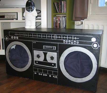 Ghetto Blaster Cat House