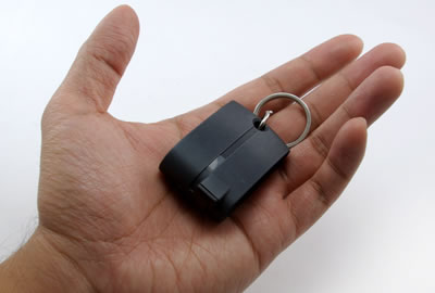 Keychain GPS Receiver with Bluetooth