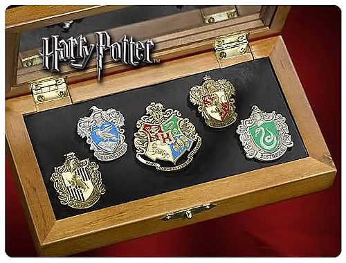 Harry Potter Hogwarts House Crest Pin Set