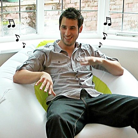 iMusic Inflatable Armchair with Built-in Speakers
