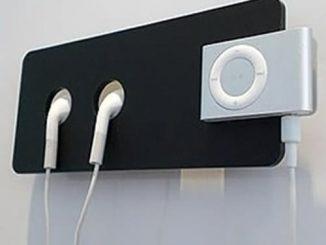 iPod Shuffle Holder