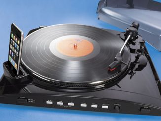 iPod and iPhone Turntable