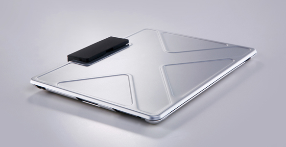 innopocket-tank-ipad-case-aluminum-top