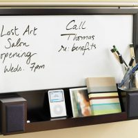 Smart iPod Speaker Station with Whiteboard