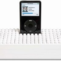 iPod LEGO Dock