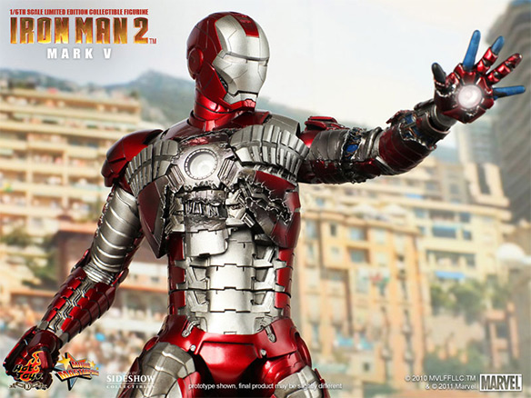 Damaged Iron Man Mark V Sixth Scale Figure