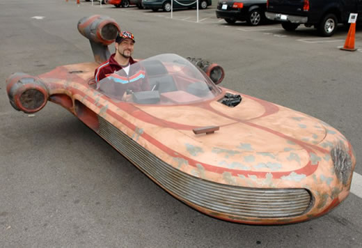 Full-Size Star Wars X-34 Landspeeder Replica