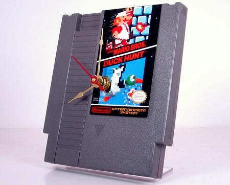 Nintendo Super Mario / Duck Hunt Cartridge Clock