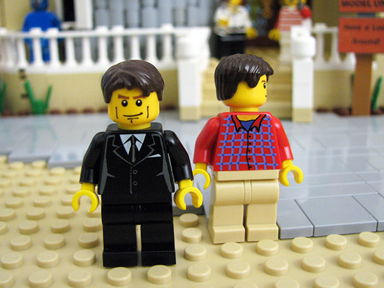 Michael Bluth and George Michael Lego