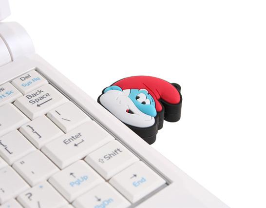 Papa Smurf USB Flash Drive