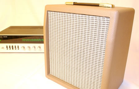 Retro Hi-Fi Bookshelf Speakers
