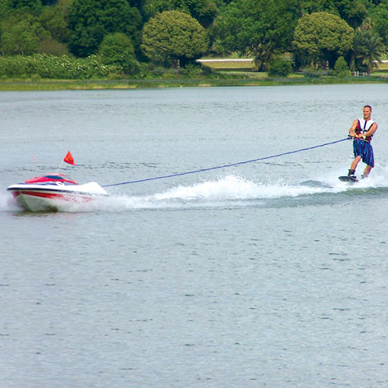 Skier Controlled Tow Boat