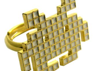 8-Bit Space Invaders Ring