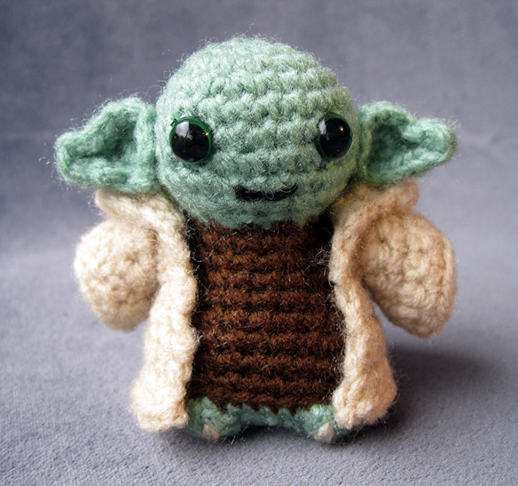 Crochet Yoda Pattern : Cute Star Wars Amigurumi (Handmade Stuffed Animals)