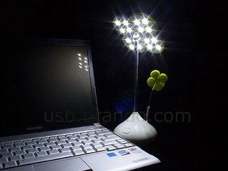 USB Lucky Clover Light with Memo Clip
