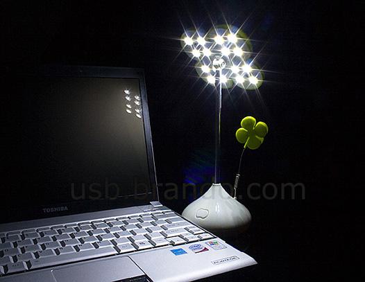 USB Lucky Clover Light with Memo Clip