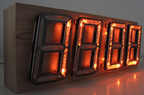 Wooden LED Clock 3D Style