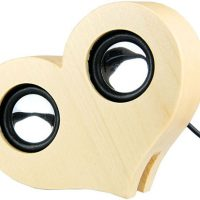 Wooden Heart-Shaped USB Speaker